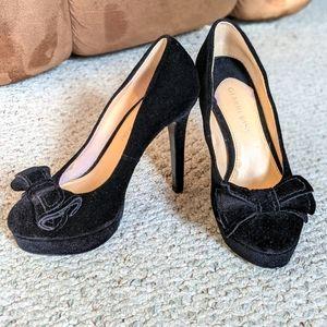 Black Bow Pumps / Heels